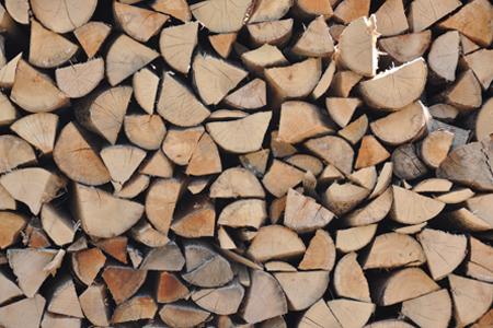 photo de rangement du bois de chauffage par Jonathan Patricot